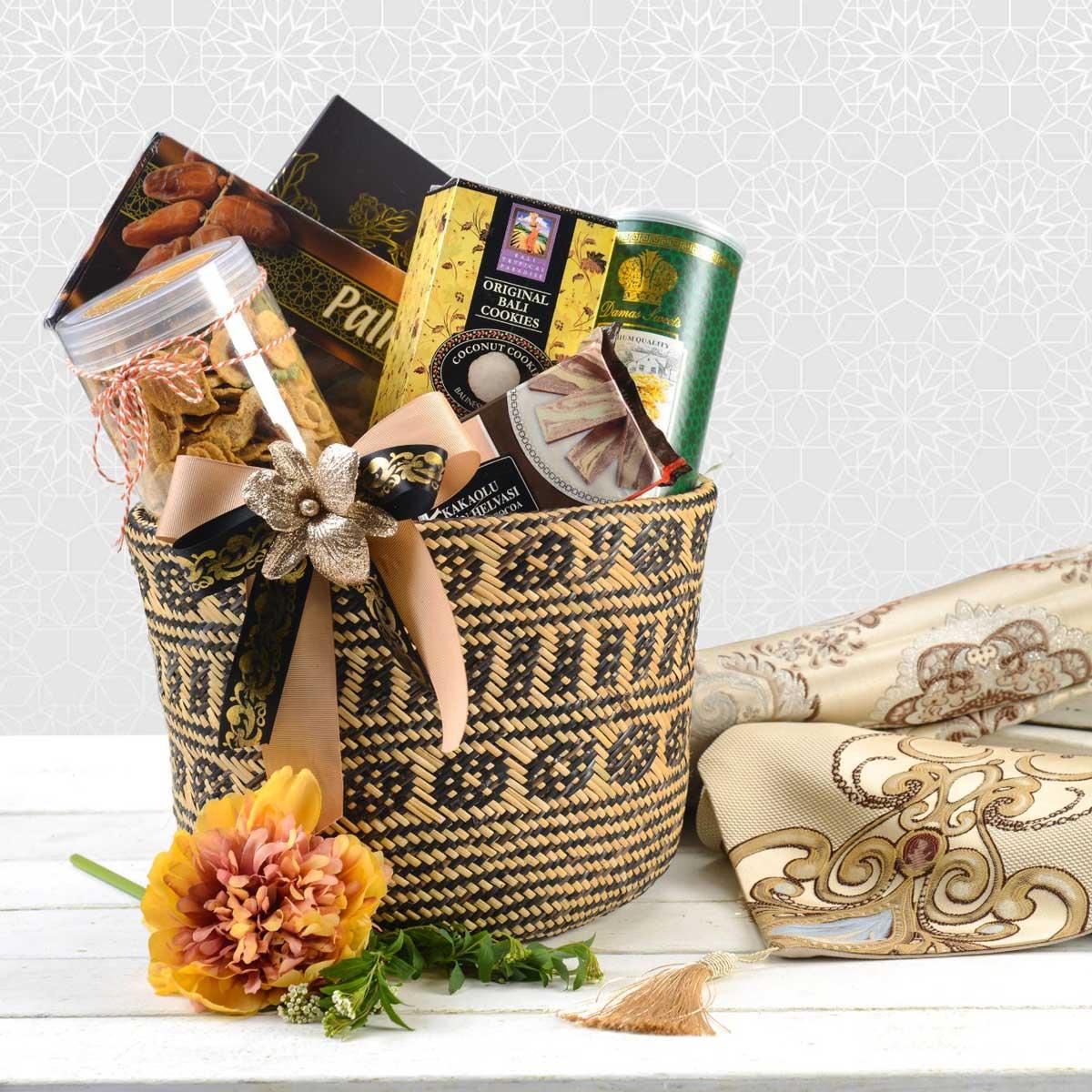 Salam Sejahtera Gift Bag | Beautiful Raya Giftboxes & Hampers | Eska Creative Gifting