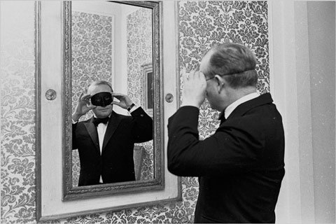 Truman-Capote-Black-ve-White-Ball-Partisi-1966