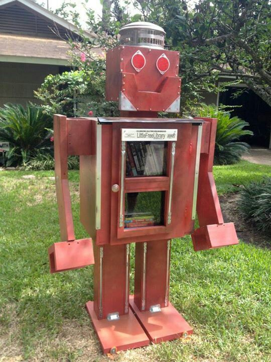 robot-sokak-kutuphanesi-Little-Free-library-23