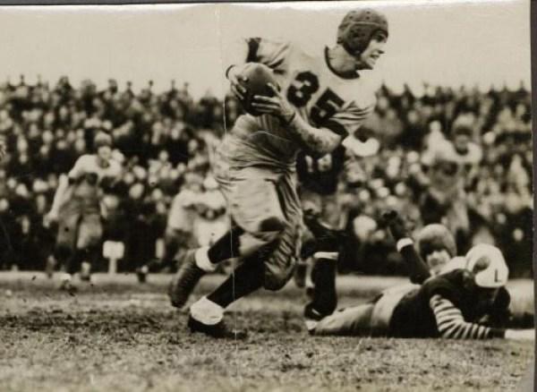 american-football-Jack-Kerouac-Lowell-Lawrence-football-game-1938