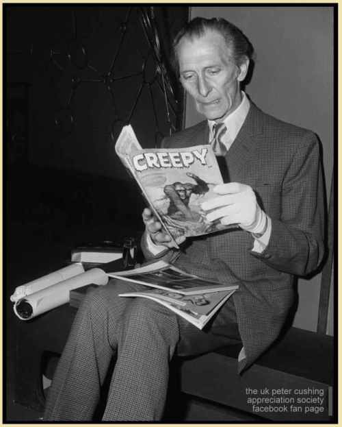 Peter-Cushing_reading-a-monster-magazine