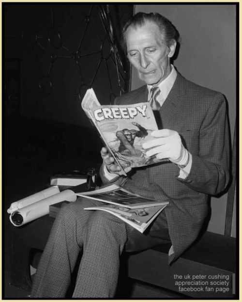 Peter-Cushing_reading-a-monster-magazine