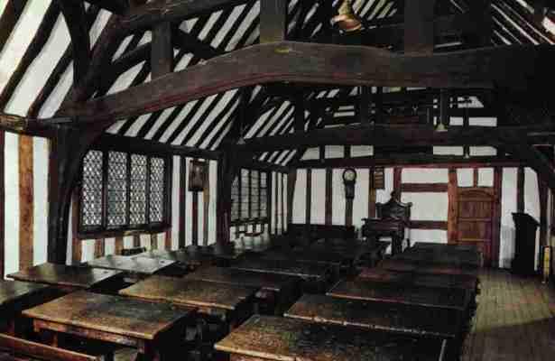 Stratford-upon-Avon College-Shakespeare-school-1