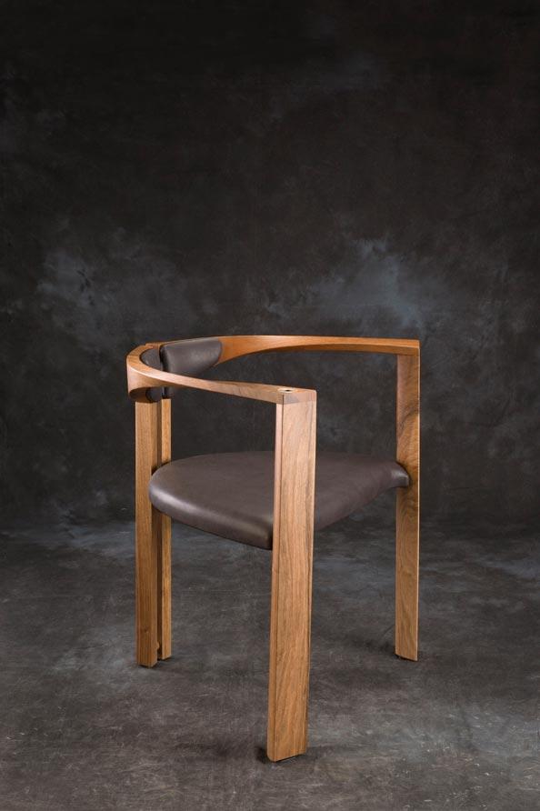 E mobilier Mandala vtc 12 06 003 - Le siège Mandala en noyer cuir