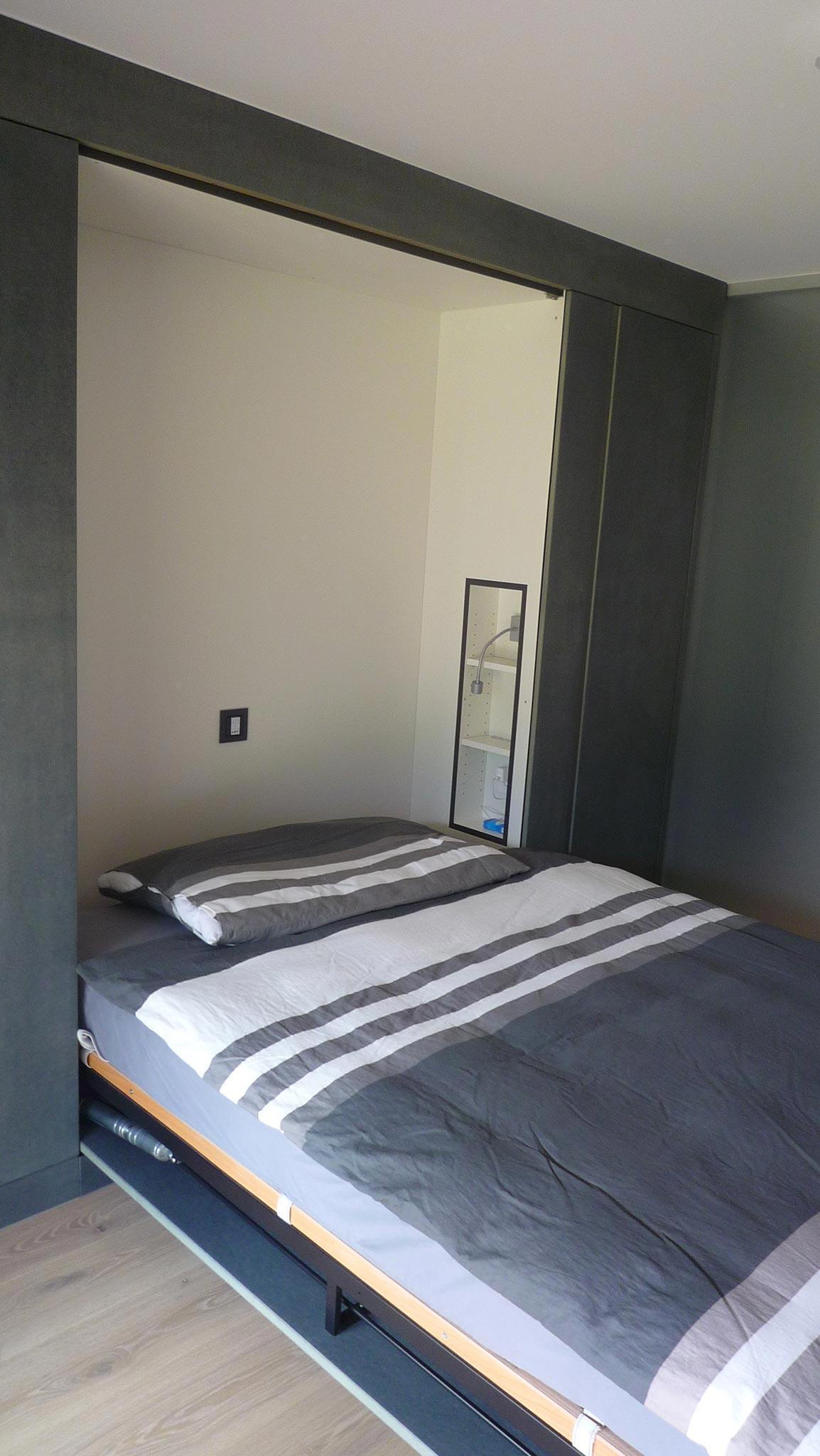 ES Bru 3680 chambre vtc 20 05 012 - Une pièce modulable à Fully (Bj)