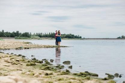 wedding photography leamington spa Warwickshire couple on draycote water
