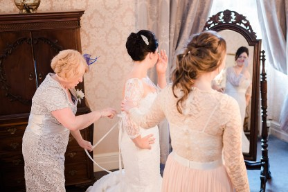 Coombe-Abbey-Wedding-Photographer-vintage-relaxed24