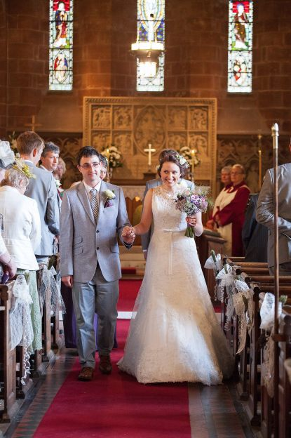 Somerford-hall-book-themed-natural-wedding-46