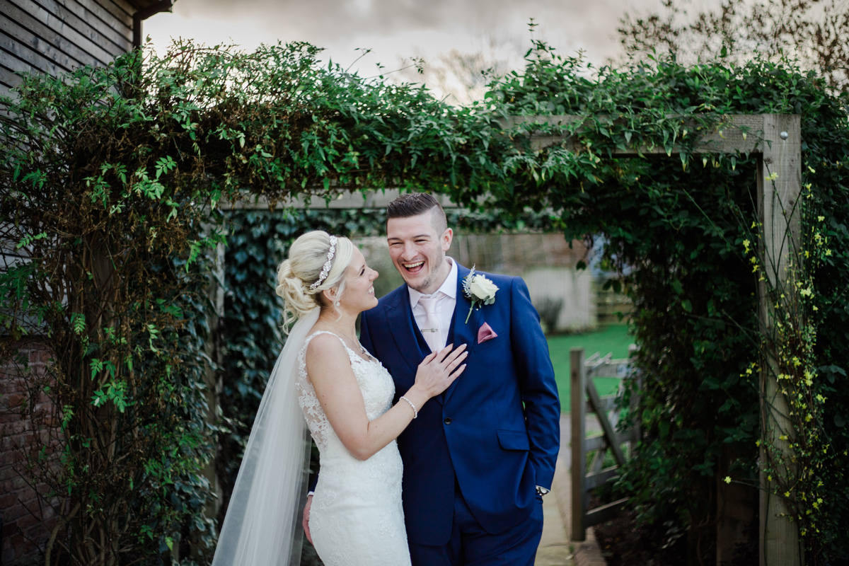 winter wedding at Mythe Barn, Warwickshire