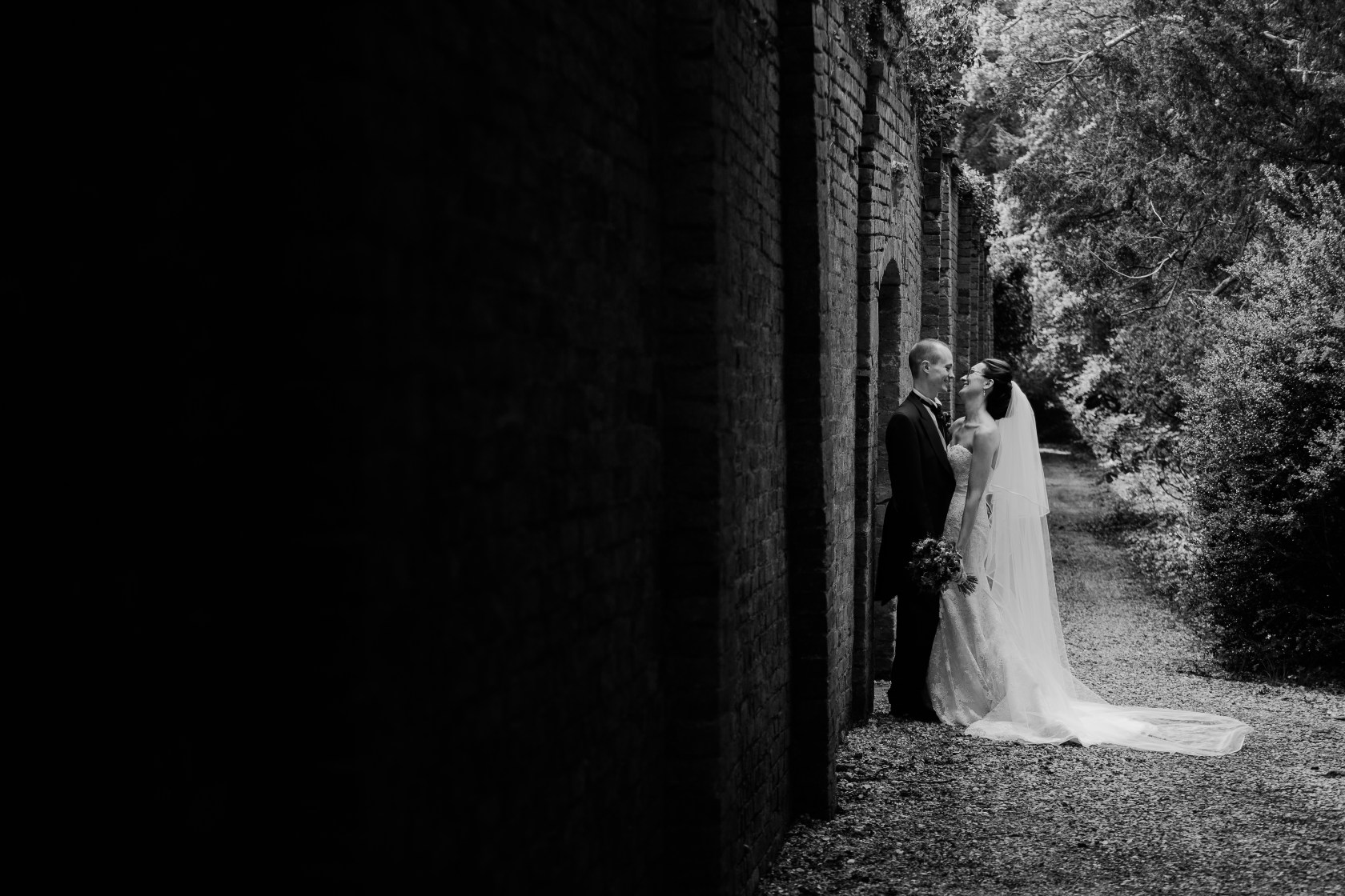 Kelmarsh Hall English Garden Wedding Photographer Relaxed Candid Natural Light Airy