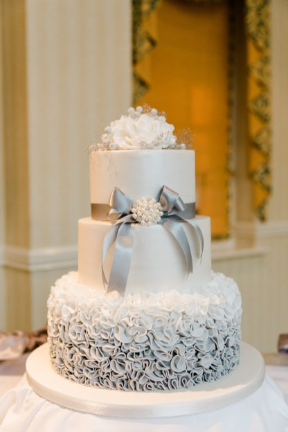 winter grey and white theme wedding cake