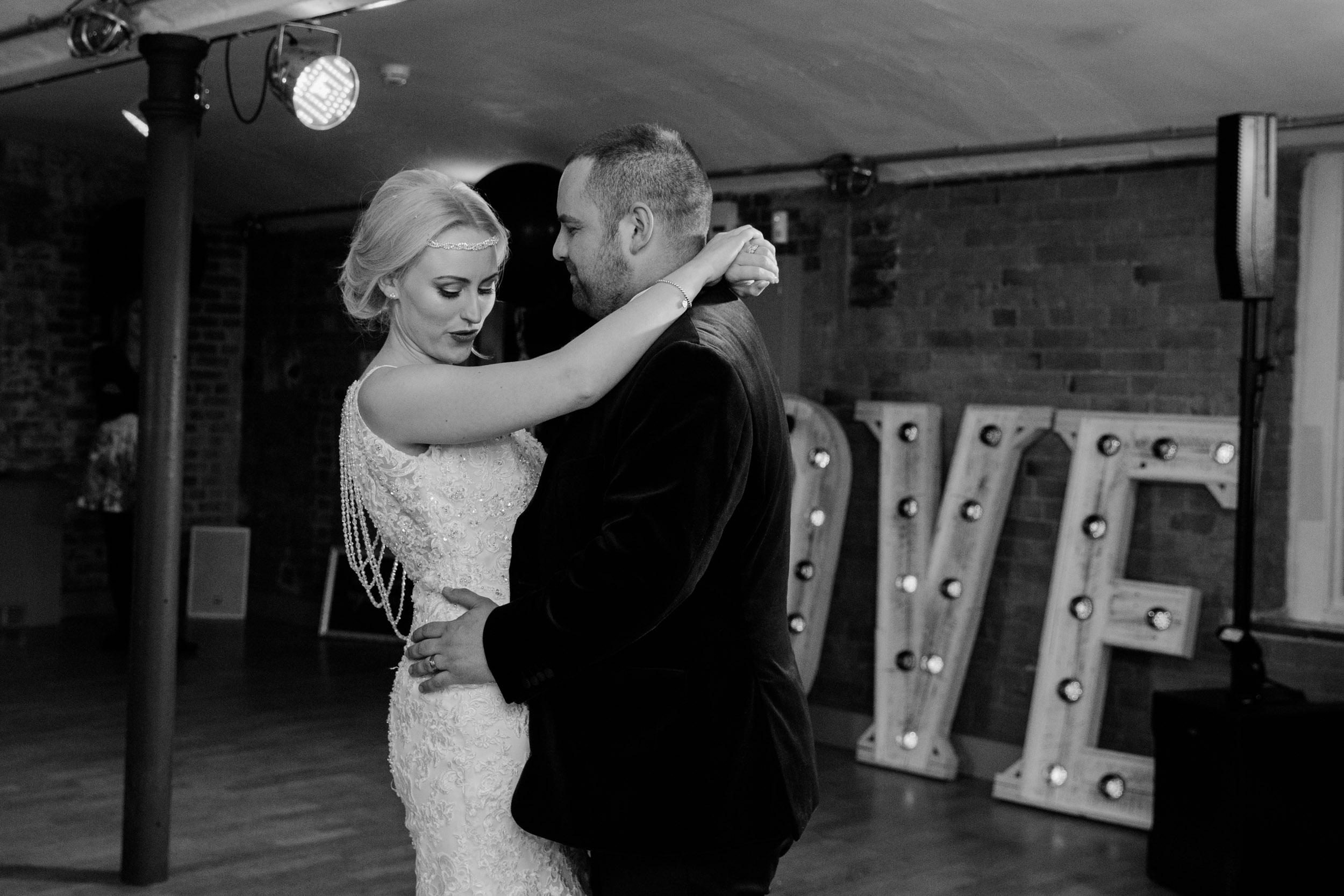 Industrial_glamour_wedding_west_mill_derby180