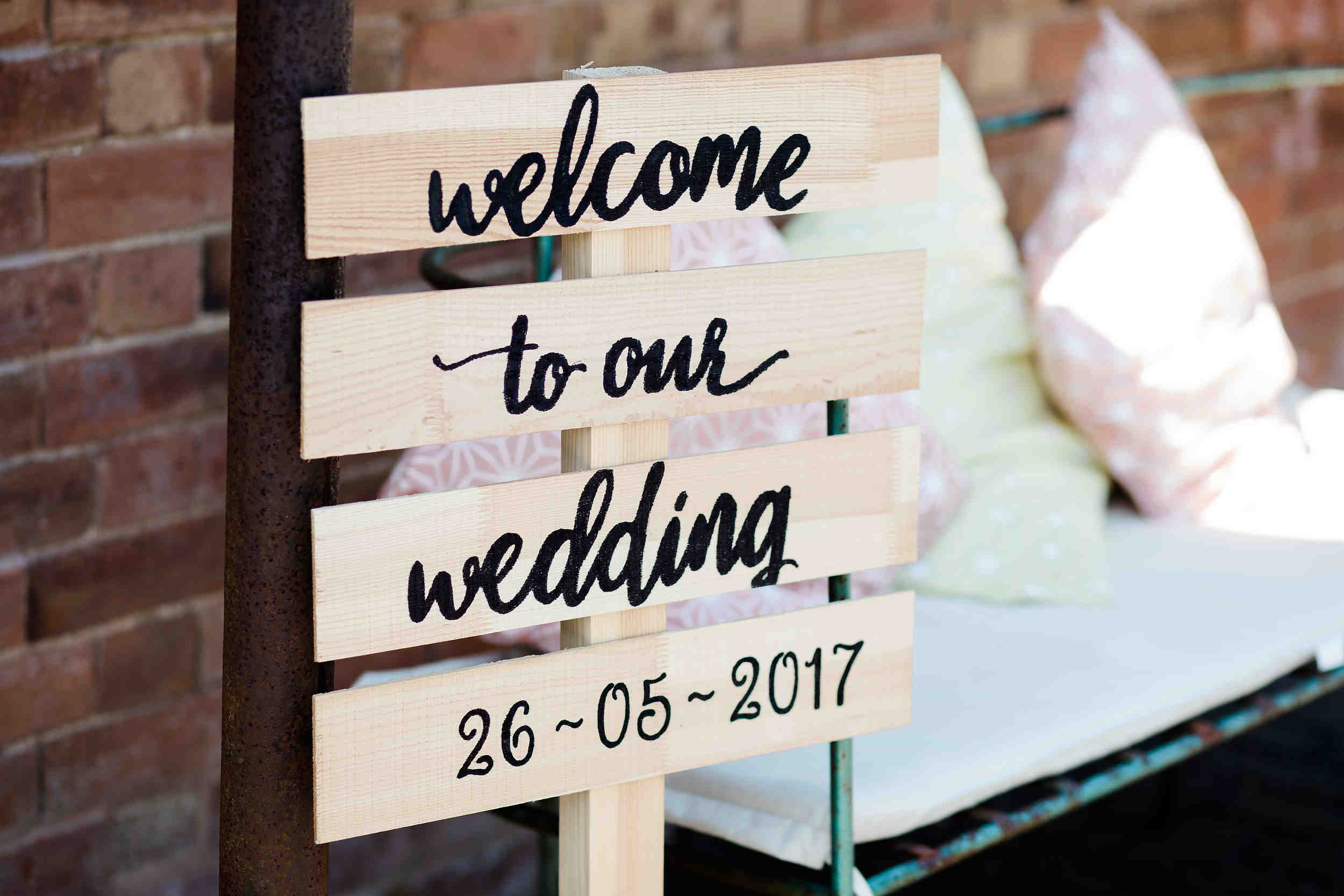 welcome to the wedding wooden sign diy wedding detail