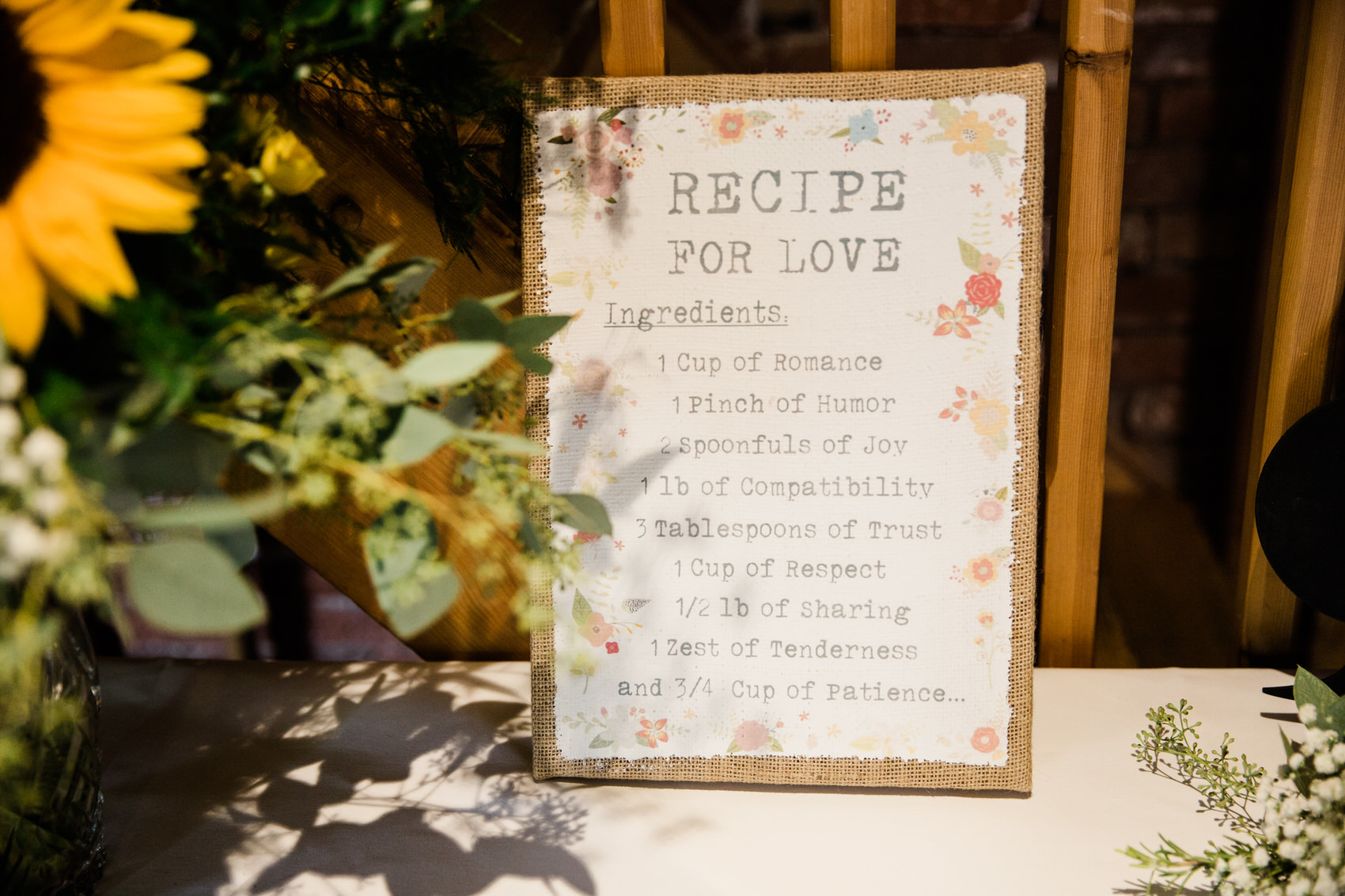 Yellow_And_Blue_70Rustic_Barn_Wedding-1