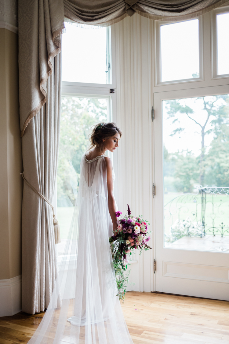 Gold & Floral Styled Shoot024