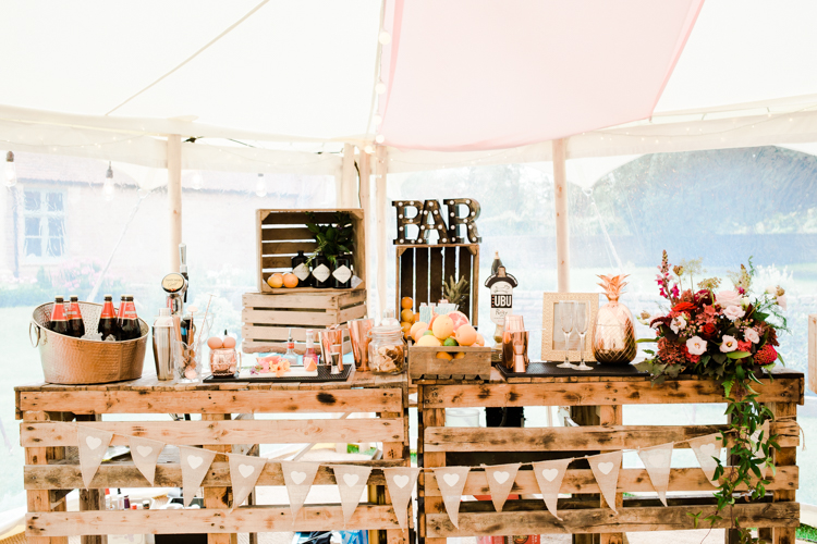 Gold & Floral Styled Shoot051