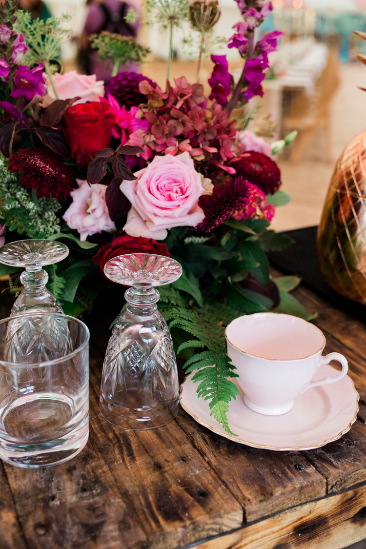 Gold & Floral Styled Shoot060