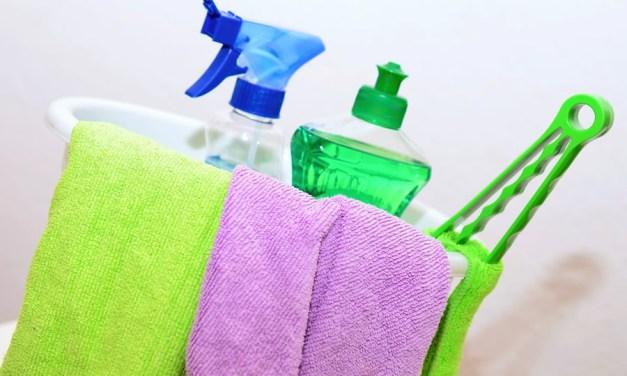 Errores comunes de limpieza en el hogar: cómo evitarlos