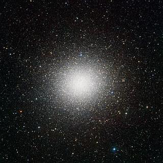 VST image of the giant globular cluster Omega Centauri*