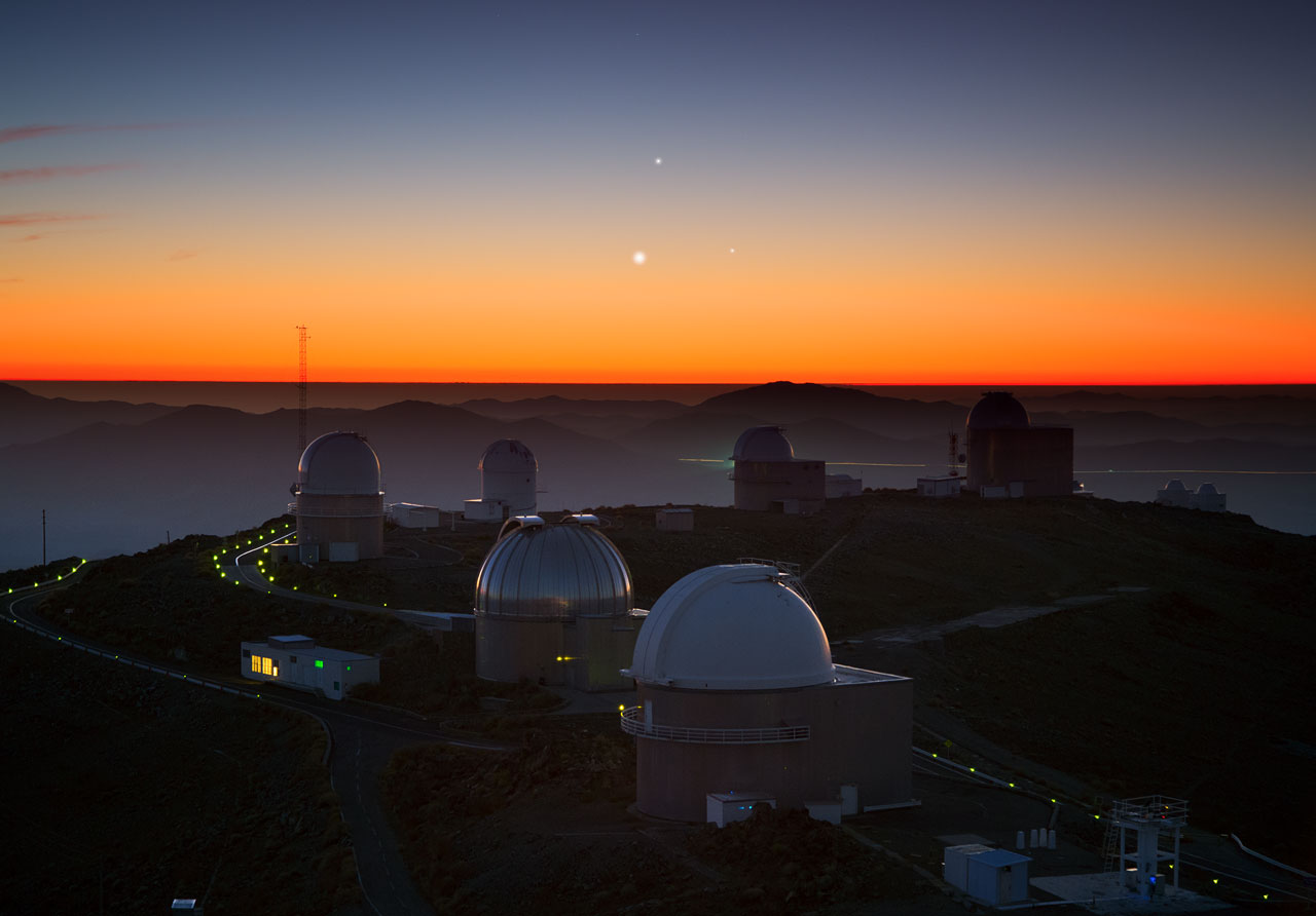 Venus, Jupiter and Mercury at sunset over La Silla Observatory