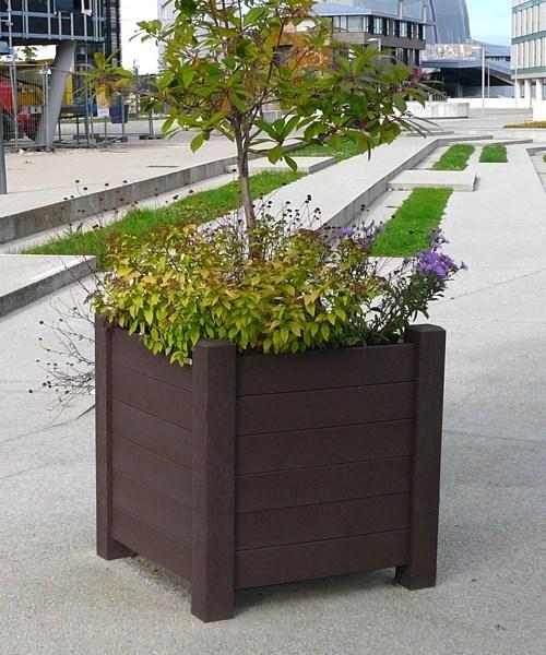 jardiniere carre modernes en plastique 100% recycle imputrescible et sans entretien - Jardinières AVENUE carrées ESPACE URBAIN