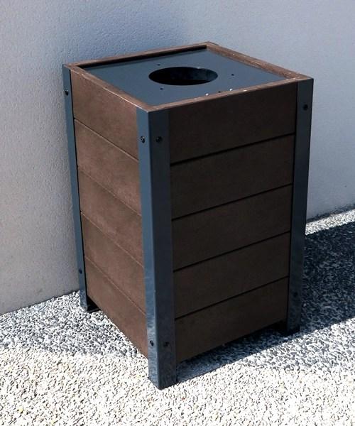 poubelle pieds metal planches plastique recycle gamme elegance - Corbeille ÉLÉGANCE Origine ESPACE URBAIN