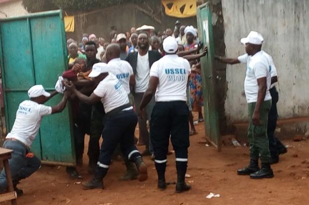 Fermeture de bureaux de vote: incidents au centre simbaya 1 matoto