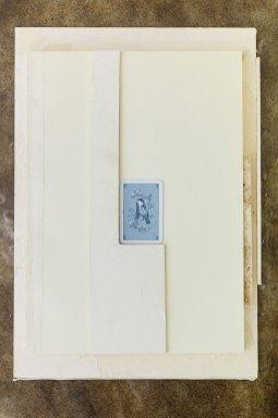 """Martin Widmer, """"Sans titre"""", (papier, carton, carte de jeux, colle, marc de café), 2017"""