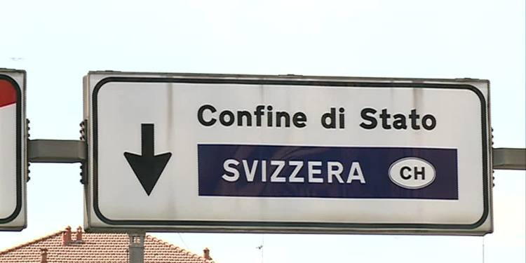 cartello confine svizzera