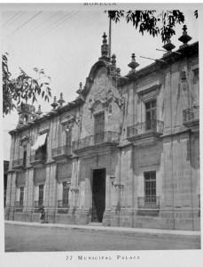 Palacio de Gobierno. Erróneamente, el píe de foto dice Palacio del Ayuntamiento.