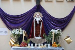 Altar de Dolores, acercamiento
