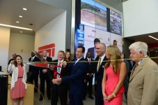 Mayor Ken Cockayne (l), Governor Dannel Malloy, ESPN President John Skipper, Sara Walsh and Congressman John Larson Digital Center-2 Fiber cutting ceremony.(Joe Faraoni / ESPN Images)