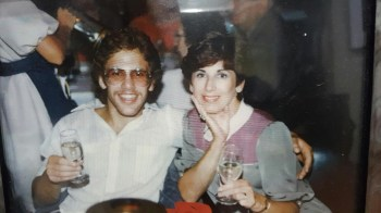 Neil Everett and his mother Jackie. (Photo courtesy of Neil Everett/ESPN)