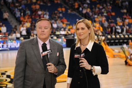 Mike Patrick and Doris Burke during the 2008 women's national championship game. (Scott Clarke/ESPN Images)