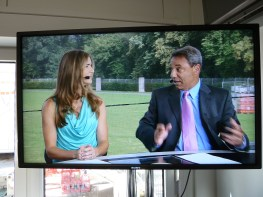 Tony DiCicco (R) and former USWNT star Brandi Chastain preview the 2011 FIFA Women's World Cup Final between USA and Japan. (Geoff Mason/ESPN Images)
