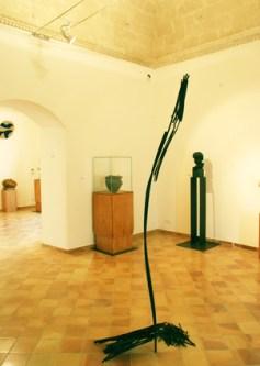 Albero di Natale di Roberto Almagno, 2011, legno, cm 230x82x25