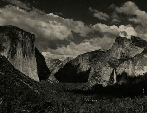 Yosemite Valley. Courtesy Rizziero Arte