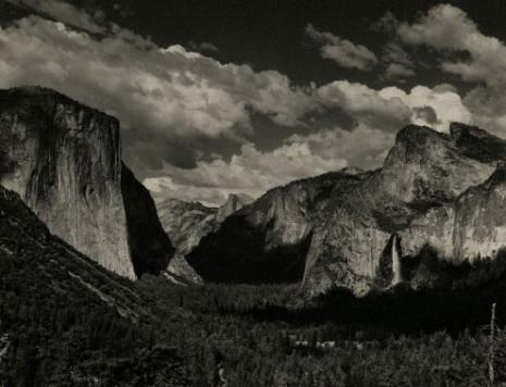 Yosemite Valley. Courtesy Rizziero Arte