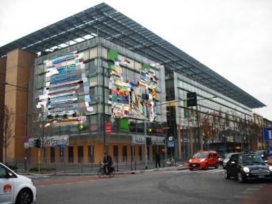 rendering dell'installazione di Federico Comelli Ferrari sulle facciate esterne del palazzo di PricewaterhouseCoopers