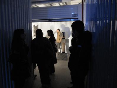 """Alcune immagini di """"Box Shock"""": i box di Forlì Self Storage si trasformeranno in un labirinto scandito da opere e installazioni"""
