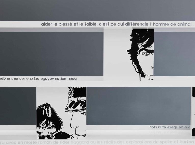 Libreria Corto / Bookcase Corto, cm 200/300x183x35, laccato opaco - metallo verniciato inciso / matt lacquered - engraved varnished metal | Corto Maltese® Hugo Pratt TM ©Cong Sa. Losanna