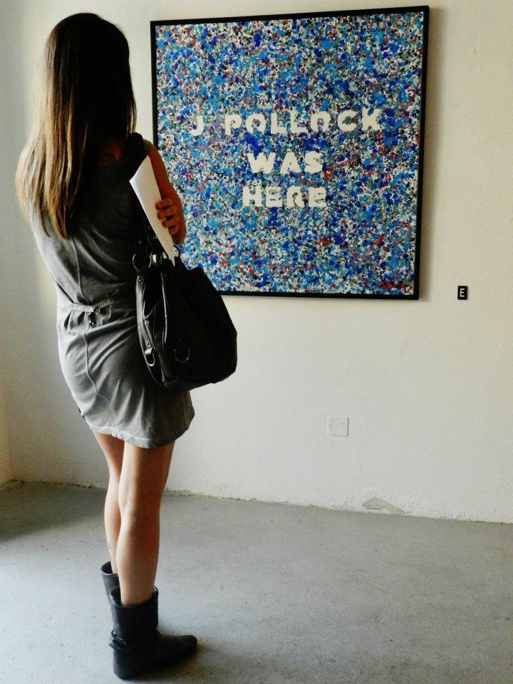 Opiemme, Pollock was here, tempera and wax on canvas, 2012 (Pollock tribute), veduta della mostra da Punto Due, credito foto: Barabba