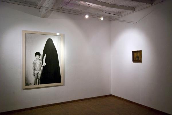 Natività e nascite laiche. Appunti di dialogo tra iconografia sacra e visioni contemporanee, veduta della mostra, Museo Tornielli, Ameno (NO)