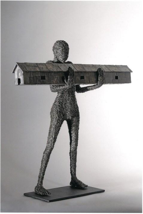 Fabrizio Pozzoli, Psychic skin, 2012, filo di ferro, piombo, 81x85x25 cm