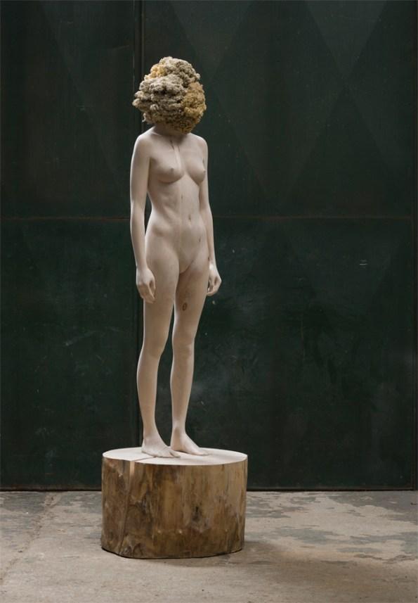 Aron Demetz, The tainted, 2013 acero e silicone, cm 217