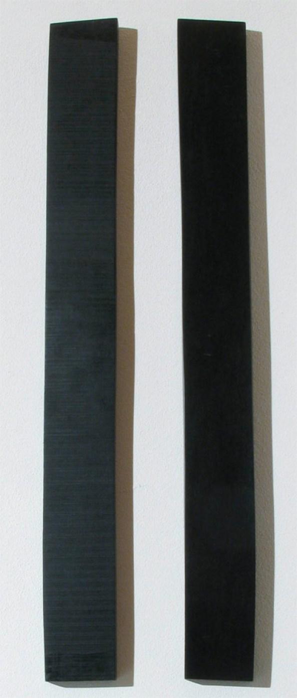 Francesco Arecco, 1, 2, 3, 2010, ebano e abete rosso di risonanza, cm 25x90x3