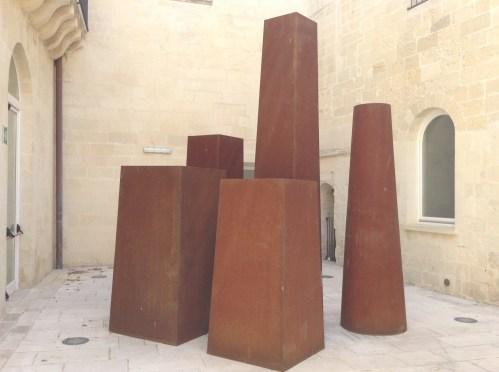 Armando Marrocco, Installazione. Dimensioni variabili. Courtesy l'artista e MUST, Lecce