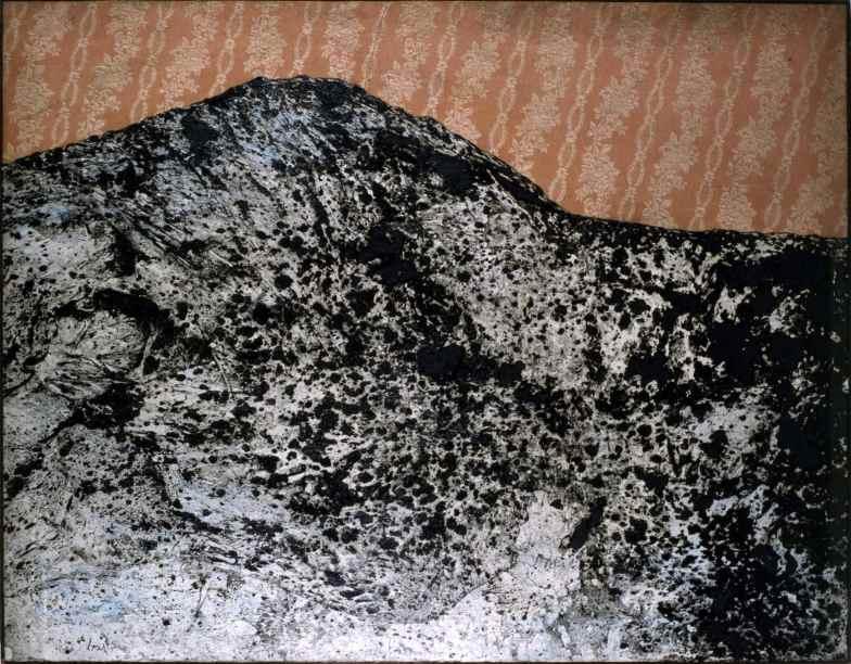 Enrico Baj, Montagna 1958 olio e collage su tela 115x145 cm