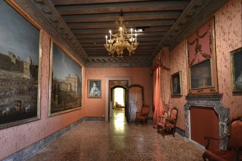 Sala 1 Venezia, Palazzo Mocenigo – Centro Studi di Storia del Tessuto e del Costume Fondazione Musei Civici di Venezia Foto di Stefano Soffiato