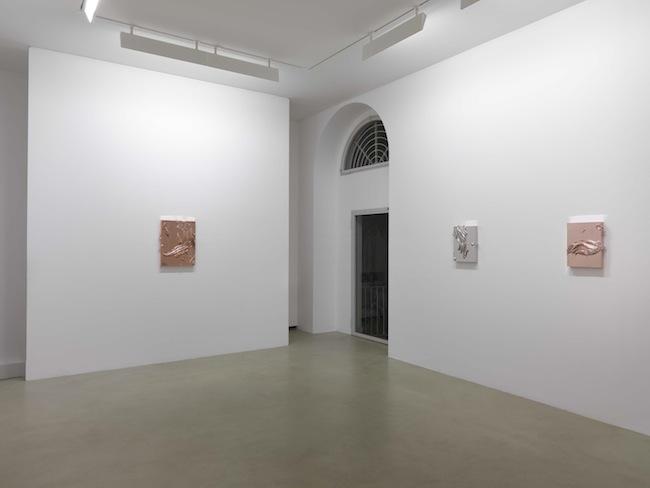 Jason Martin. Sculpture as painting. Veduta della mostra, Lisson Gallery, Milano